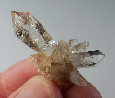 Very pretty clear quartz crystal cluster with sceptre