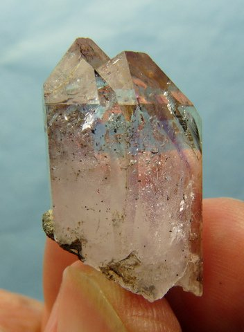 Twin quartz crystal specimen with touch of amethyst
