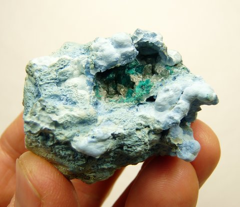 Beautiful specimen of shattuckite, malachite and calcite on quartz