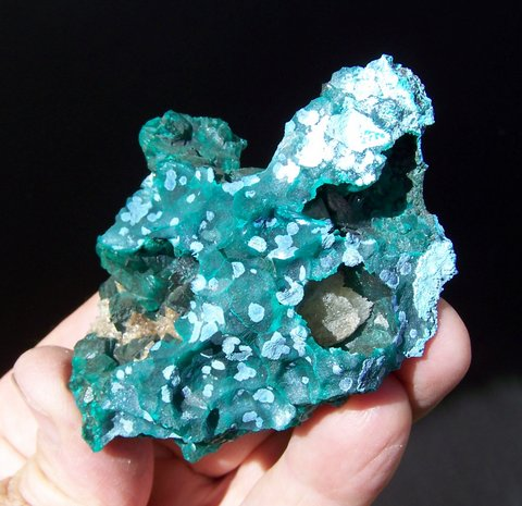 Combination specimen of dioptase, calcite, planchéite and shattuckite